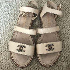 Chanel sandal size 38.5